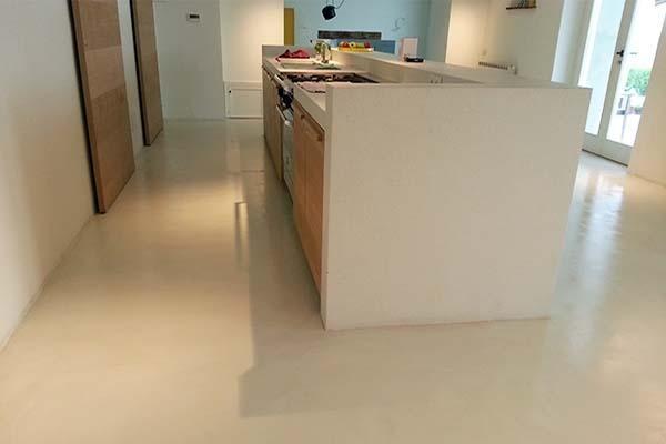 Micro cemento rivestimenti per pavimenti in resina - Rivestimenti in resina per cucina ...