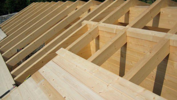 Copertura In Legno Isolata : Sopraelevazione con rifacimento della copertura in legno