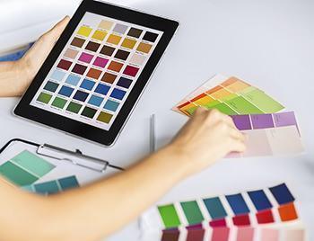 Con l'app Home Decorator è possibile colorare virtualmente le pareti di qualsiasi stanza con un semplice tocco di dita.