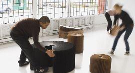 mobili in cartone di Molo Design