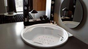 Vasche da bagno di dimensioni extra large