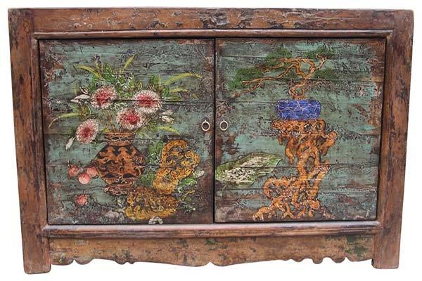 Mobiletto cinese in legno dipinto a mano, di Etnic Art