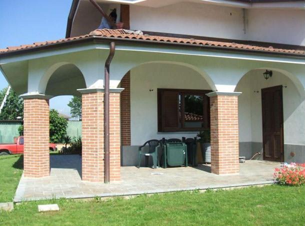 Mattoni flessibili for Case in stile meridionale con avvolgente portico