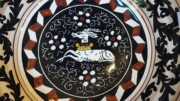 La decorazione Bianco e Nero ispirata al pavimento intarsiato del Duomo.
