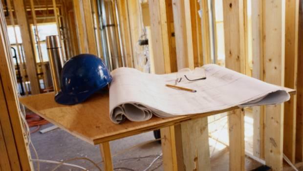 Appalto in condominio e danni al proprietario