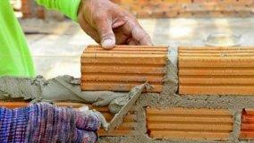 Come realizzare un muretto di recinzione
