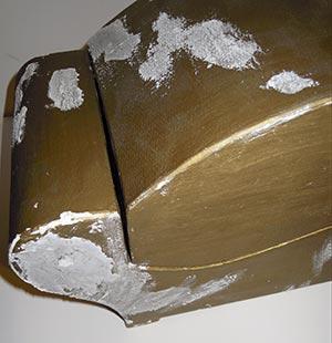 Particolare stuccatura durante il restauro