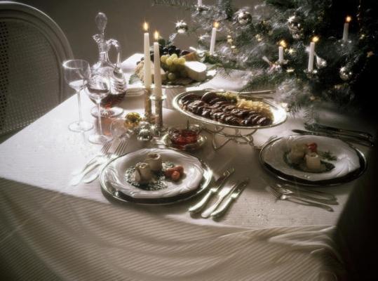 Tavola natalizia decorazioni
