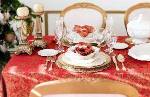 tavola capodanno colorata