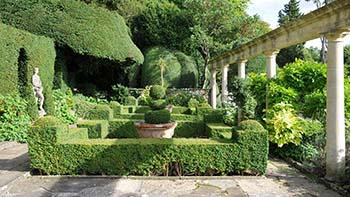 Giardino formale o all 39 italiana - Piccole aiuole da giardino ...