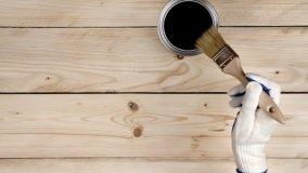 Interventi di riparazione mobili in legno