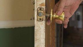 Come riparare una porta