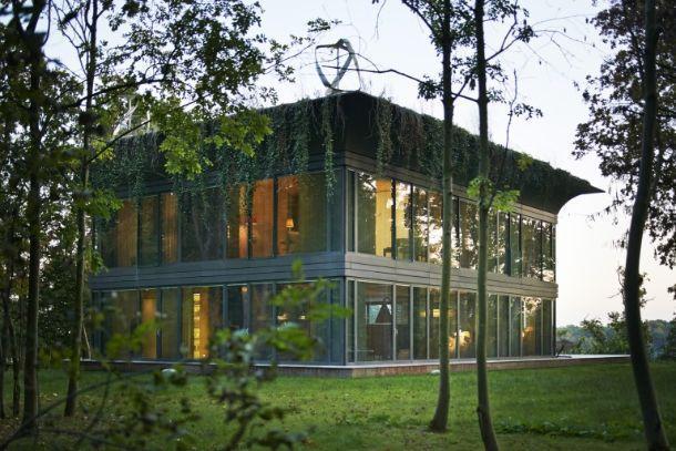 case ecologiche smart di Starck with Riko