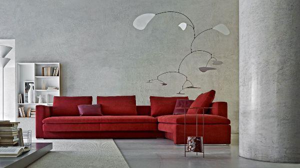 marsala pantone divano