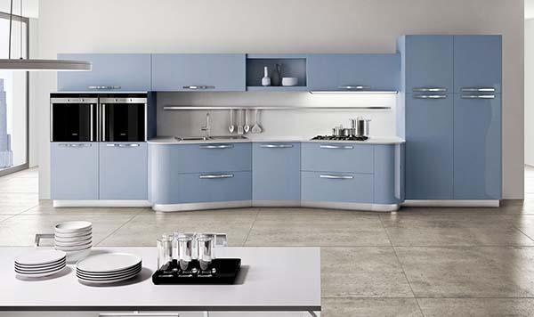 Cucina azzurra realizzata su misura da Ingrosso Mobili