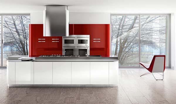 Cucina rossa e bianca: realizzazione di Ingrosso Mobili
