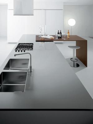 Dettaglio piano cucina su misura Ingrosso Mobili