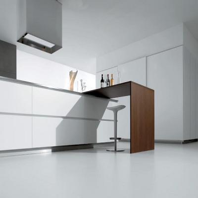 Dettaglio tavolo a scomparsa cucina su misura