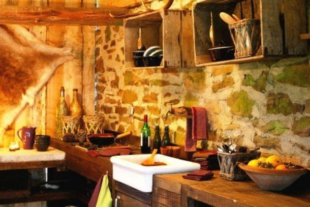 cucina rustica in baita di montagna