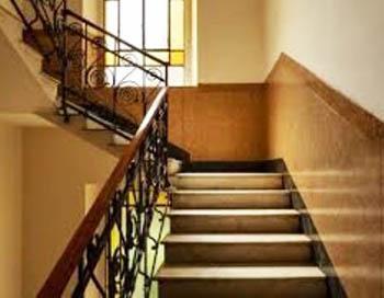 Una scala classica condominiale