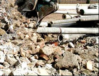 Demolizione impianti fognari,materiale di risulta