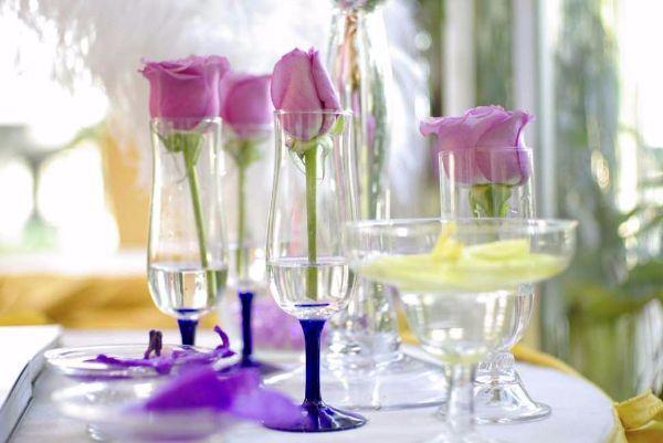 centrotavola floreale bicchieri
