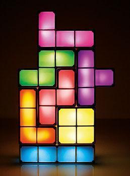 Lampada Tetris, dal catalogo dell'Azienda Paladone.