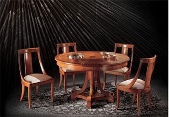 Tavolo da pranzo con sedie in stile Biedermeier (riproduzione moderna proposta dall'Azienda Angelo Cappellini & C.)