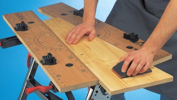 Lisciare il legno