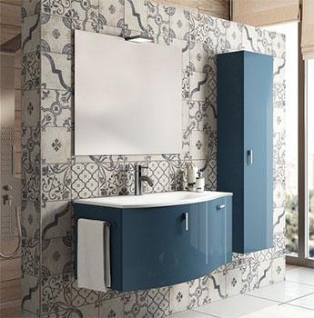 Piastrelle in gres porcellanato ispirate alle maioliche provenzali. Commercializzate dall'Azienda IPERCERAMICA.
