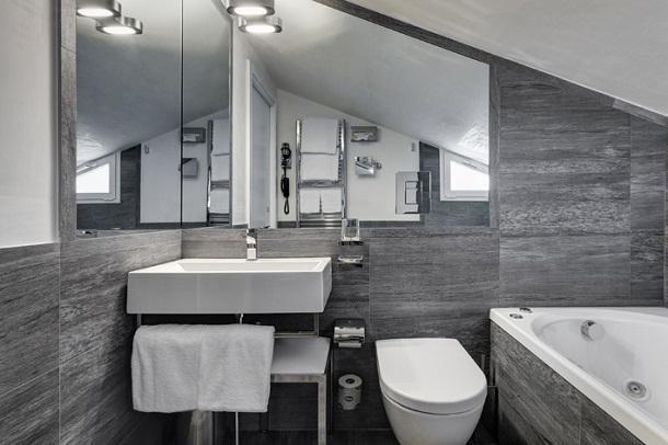 bagni con pavimebto nero gres porcellanato : Bagni Con Finto Parquet ~ avienix.com for .