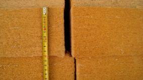 La fibra di legno per l'isolamento naturale