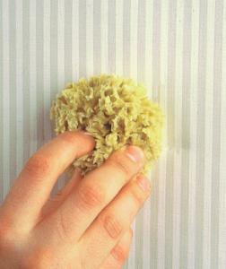 eliminare le macchie dalla tappezzeria