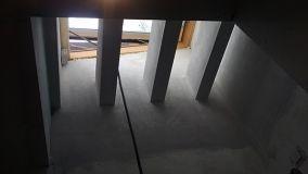 Forare un solaio per realizzare una scala interna o aprire un lucernario