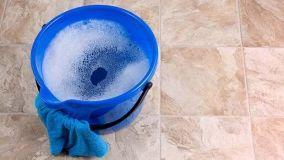 Pavimento in ceramica: come effettuare una corretta pulizia