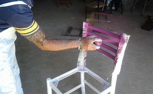 verniciatura a spruzzo di una sedia, di DaMa RicreArt