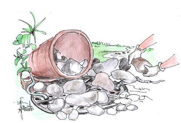 Come realizzare una piccola cascata con vasi di terracotta e ciottoli