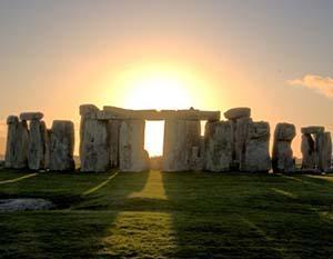 criteri e le regole per progettare gli spazi :Stonehenge England una costruzione primordiale