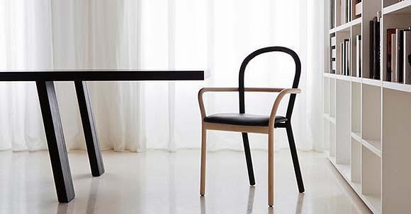Sedie in legno di design per il soggiorno for Sedie design opinioni