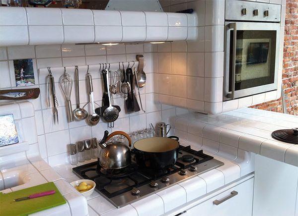 Piastrelle angolari curve for Pannelli di piastrelle per cucina