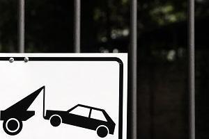 La rimozione è un rischio del parcheggio davanti a parcheggio privato