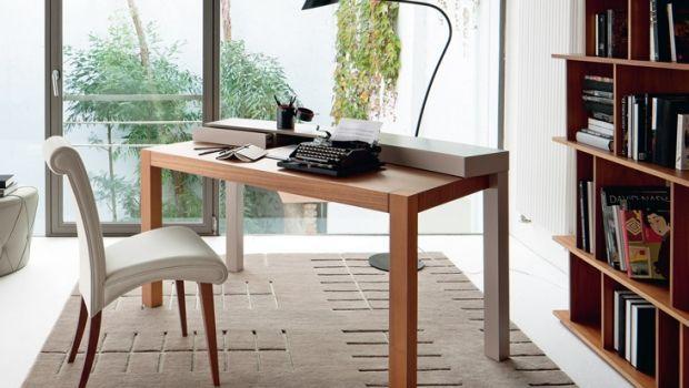 Scegliere la scrivania per l'ufficio