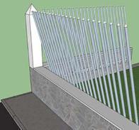 Recinzione inclinata con elementi metallici lineari privi di traversi