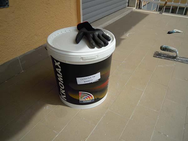Pavimento in resina da esterni in fai da te - Impermeabilizzazione scale esterne ...