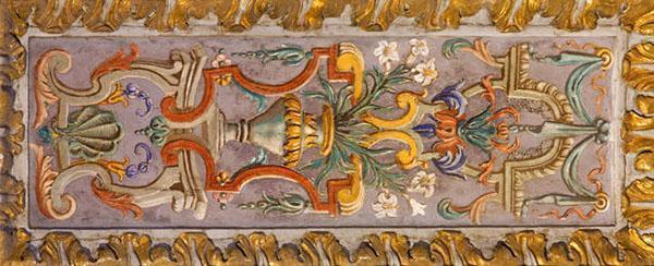 Questa tipologia di decorazioni parietali era spesso eseguita a tempera.