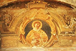 I danni da umidità nei dipinti a tempera sono diversi da quelli visibili nell'affresco e nel fresco secco.