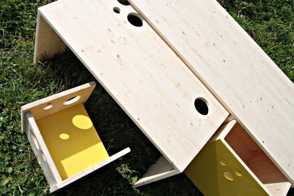 Tavolino per attività per bambini, Matca Studio