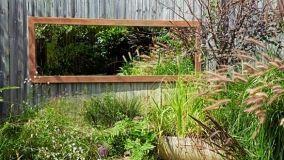 In che modo usare gli specchi in giardino