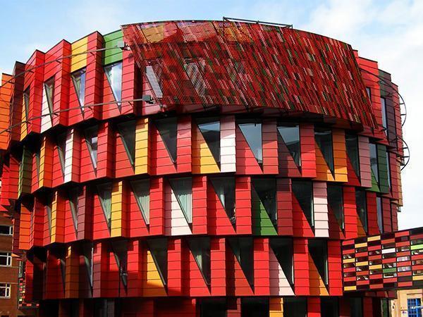 University building Kuggen, Gothenburg - Facade baked enamel Alphatona by Moeding