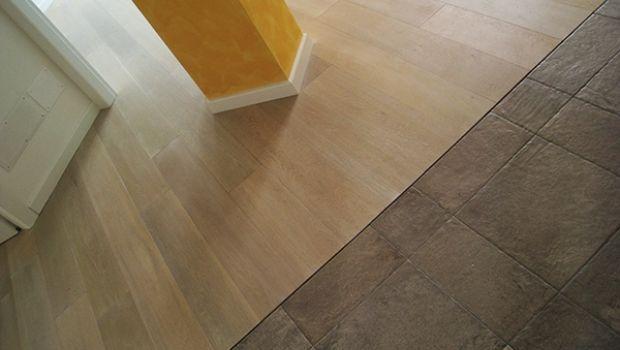 Come accostare pavimenti diversi - Abbinare parquet e mobili ...